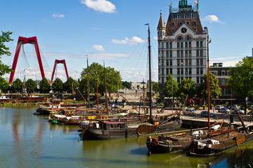 Photo sur Aluminium Rotterdam Willemsbrücke in Rotterdam, Niederlande