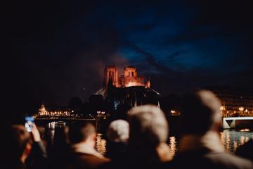 La Cathédrale Notre Dame de Paris ravagée par les flammes