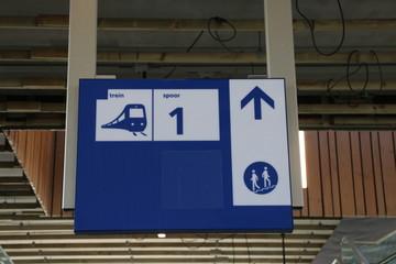 Direction sign to platform 1 on the brand new train station Zoetermeer-Lansingerland in the Netherlands