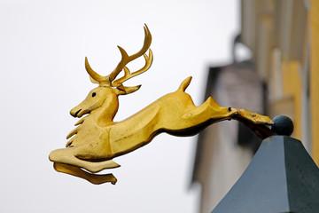 Fototapete - Hauszeichen: Goldener Hirsch