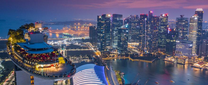 Marina Bay Hotel Skypark Skygarden Skybar at Singapore - Spaceship