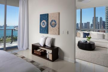 White modern Miami apartment in downtown miami.