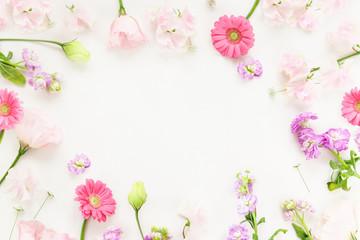 白背景の花フレーム