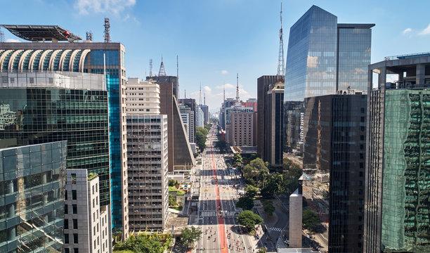 Avenida Paulista (Paulista avenue), Sao Paulo city, Brazil