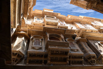 Fototapete - beautiful Patwon Ki Haveli palace made of golden limestone in Jaisalmer, Rajasthan, India