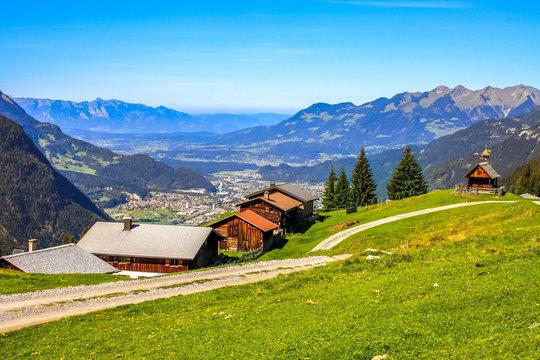 Blick von Rellseck über Montafon Bergwelt