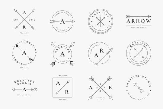 Simple arrow badge set