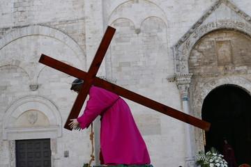 Bari, borgo antico, Basilica di San Nicola, Processione dei Misteri di San Gregorio