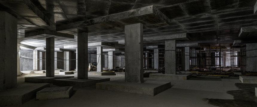Concrete construction of basement of large building