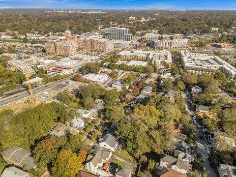 aerial image of atlanta neighborhood