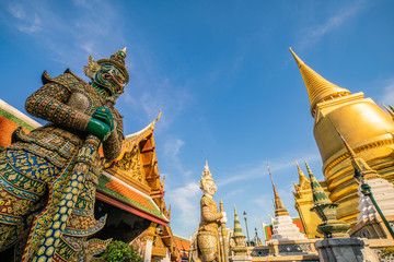 Wall Mural - Wat Phra Kaew emerald buddhist temple at Bangkok
