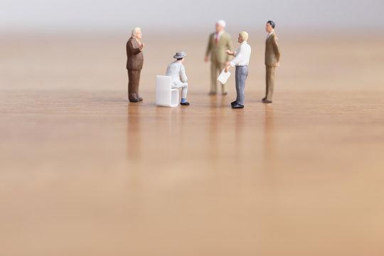 ビジネスマンたちの会議 コピースペース