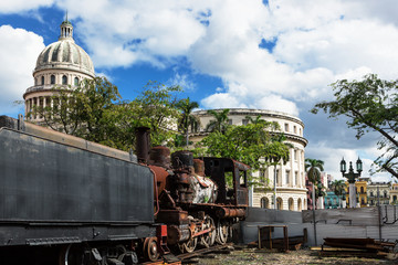 Capitol and the steam locomotive