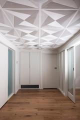 Original art deco patterned ceiling