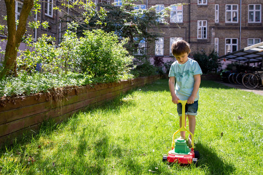 Plastic lawn mower