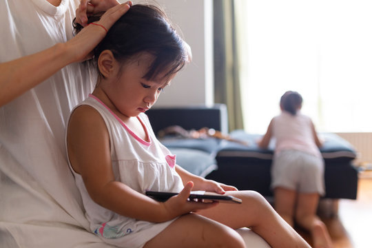 Little girl's day life