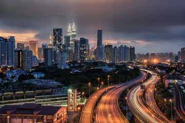 Fototapete - Sunset over Kuala Lumpur city