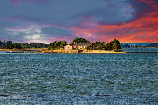 Petite île dans le Golfe du Morbihan. Bretagne. France