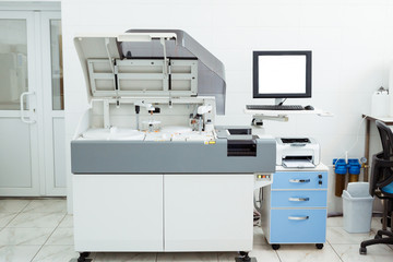 Modern medical equipment for automatic biochemical analysis of blood and serum.