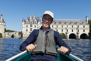 Rowing on the river of Chenocheaux Castle