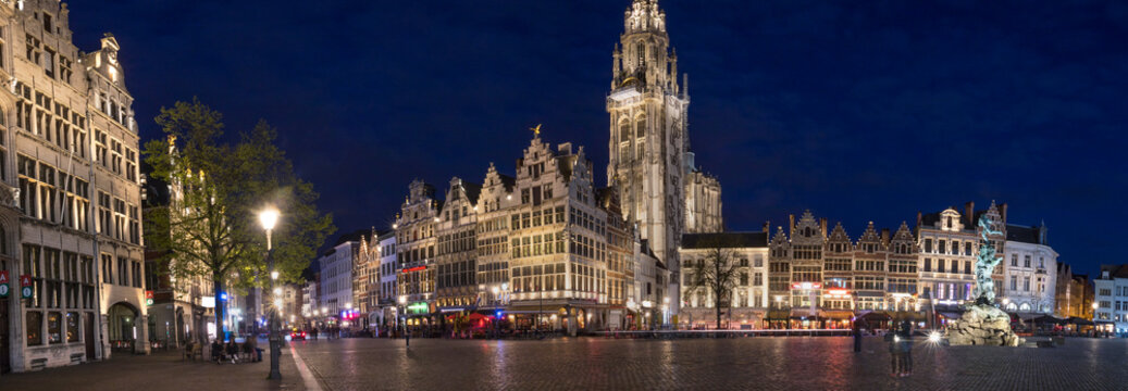 old town antwerp belgium in the evening high definition panorama