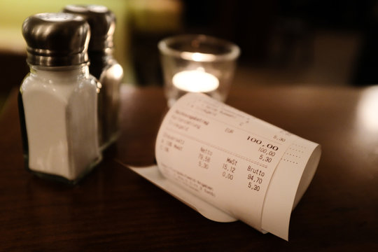 Rechnung Rechnungsbeleg im Restaurant