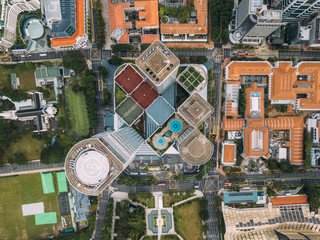 Fototapete - Top view of the Singapore landmark financial business district with skyscraper. Singapore city downtown drone view.