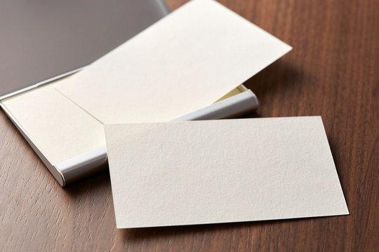 白紙のカード-名刺-メッセージカード-ビジネス-テンプレート-デザイン