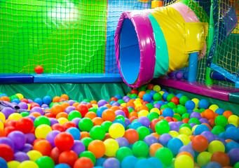 Parque de bolas infantil
