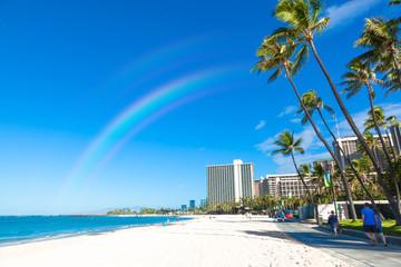 〈ハワイ〉ワイキキビーチの風景 - fototapety na wymiar