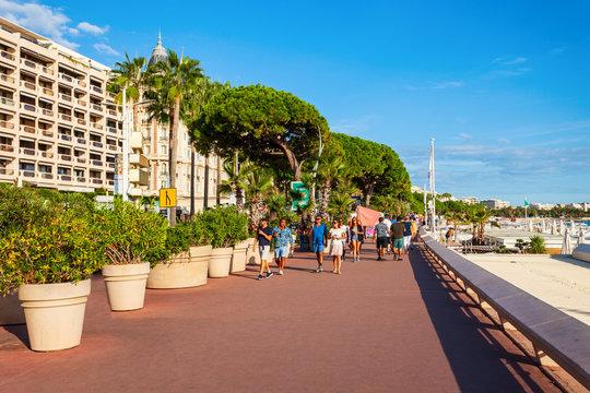 Promenade Croisette Boulevard in Cannes