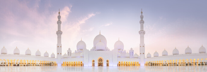 Spoed Foto op Canvas Abu Dhabi Sheikh Zayed Grand Mosque during sunset, Abu-Dhabi, UAE