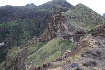 Malerische Landschaft auf der Küstenwanderung von Ponta do Sol nach Cha de Igreja, Kap Verden