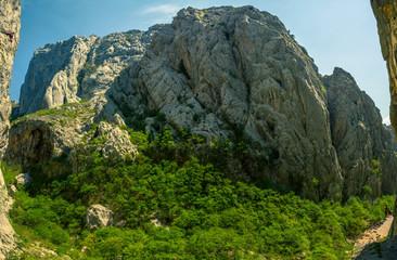 Paklenica w Chorwacji miejsce ulubione przez wspinaczy.