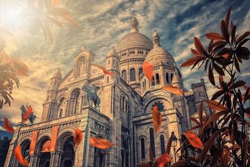 Fototapete - Basilica Sacre Coeur in autumn at Montmartre in Paris, France