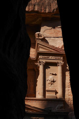 Petra architektonische Details des Schatzhauses