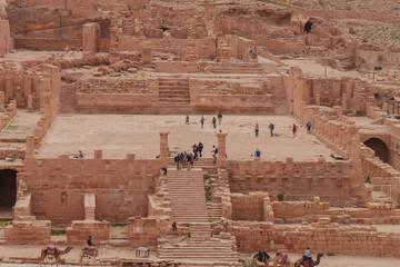 Großer Tempel in Petra Jordanien