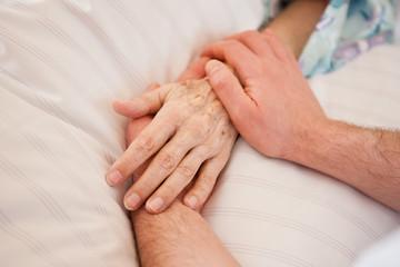 Hand halten / Trauer