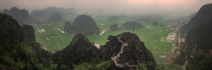 Panoramic View from Hang Mua Peak, Tam Coc, Nimh Binh, Vietnam Fototapete