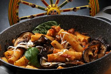 파스타 알라 노르마 Pasta alla norma 614_5111 시칠리아 요리 Cucina catanese siciliana Catania italiana