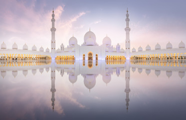 Poster Abou Dabi Sheikh Zayed Grand Mosque during sunset, Abu-Dhabi, UAE