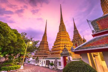 Fototapete - Wat Pho Temple in Bangkok, Thailand.