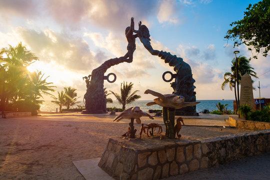 Parque Fundadores at dawn on Playa del Carmen in Mexico