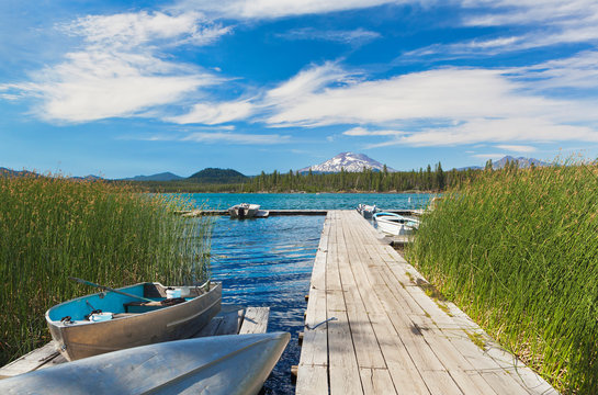 Boat moored along pier, Davis Lake, Bend, Oregon, United States