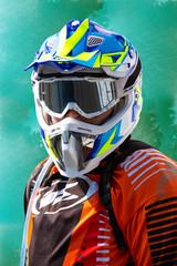 Compétiteur de moto cross