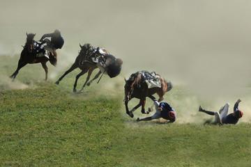 image composite de la chute d'un cavalier en france