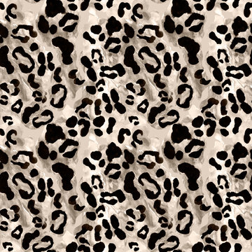 Snow leopard or jaguar coat seamless pattern with black rossetes on gray brown background. Exotic wild animal skin print.