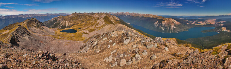 Panoramatic view of Nelson Lakes national park from Parachute Lookout, New Zealand