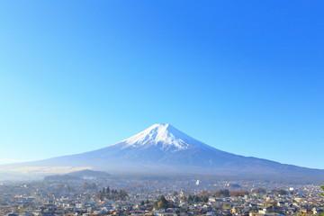 秋の富士山と街並み 観光・旅行・紅葉 Wall mural