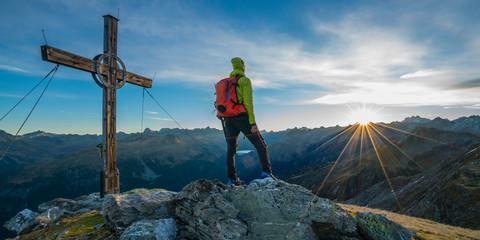 Fototapete - Gipfelblick